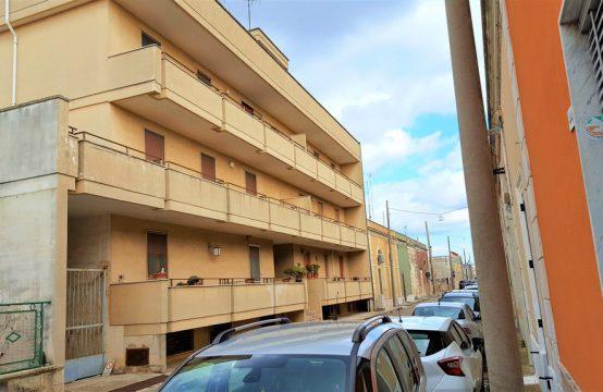 Locale uso ufficio in vendita a Calimera