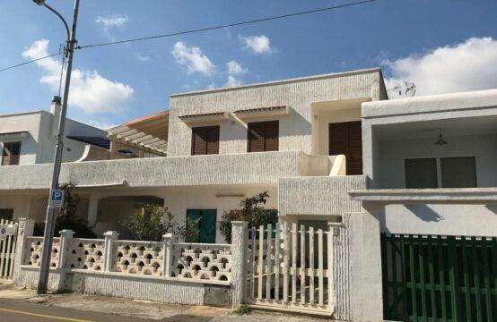 Casa vicino al mare in vendita a Torre dell'Orso