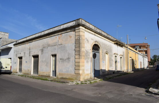 Casa indipendente in via Gabrieli in vendita a Calimera
