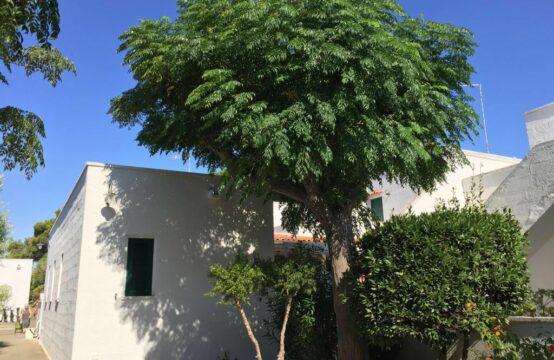 Villa con torretta in vendita a Conca Specchiulla