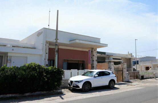 Villa indipendente vista mare in vendita a San Foca