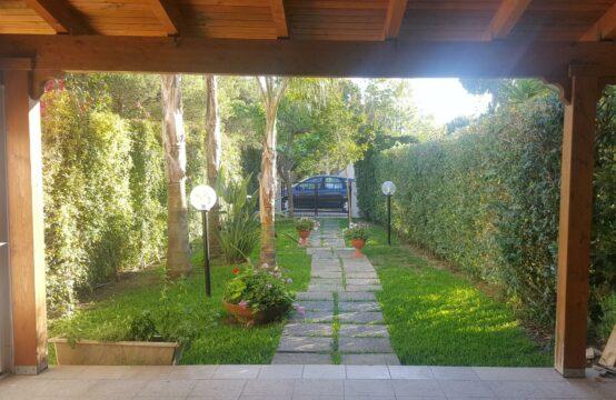Villetta piano terra con giardino in vendita a Torre Saracena