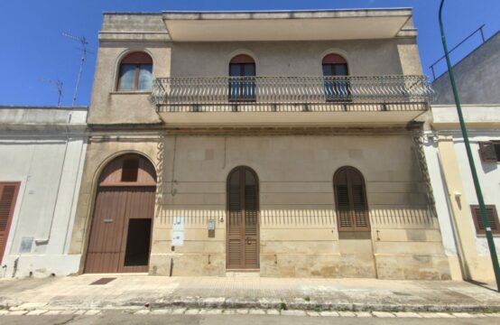 Appartamento al piano primo in vendita a Martano