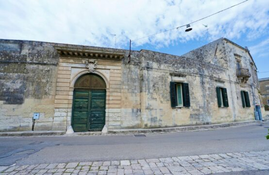 Esclusivo palazzo storico in vendita a Martano