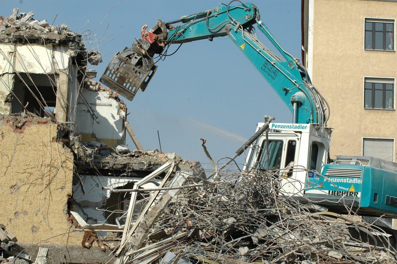 demolizioni e ricostruzioni ristrutturazione chiavi in mano lecce martano calimera otranto