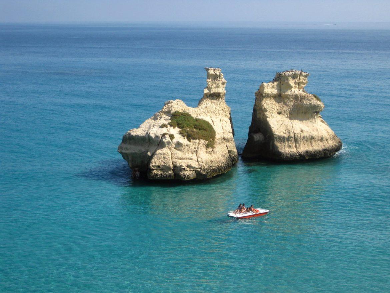 le due sorelle spiaggia torre dell'orso salento