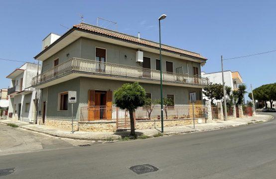 Casa al piano terra in vendita a Martano