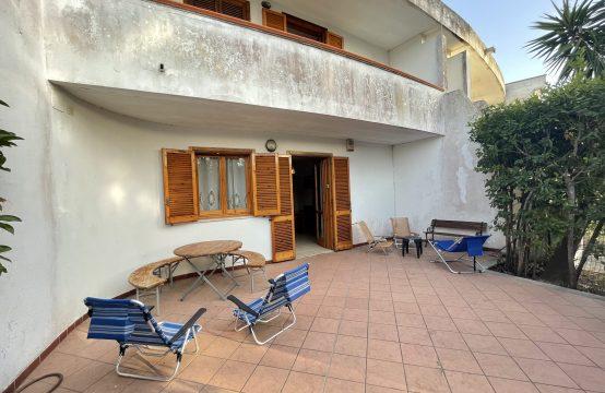 Trilocale con giardino in vendita a Torre Saracena