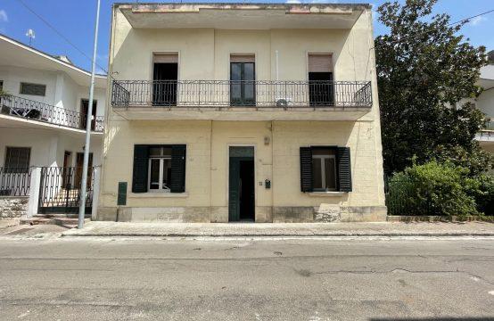 Casa con giardino in vendita a Martano